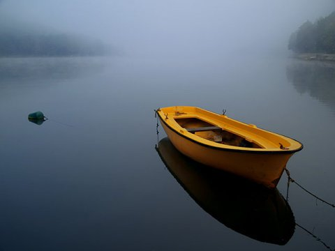 stillness-boat-the-art-of-living-blog-1